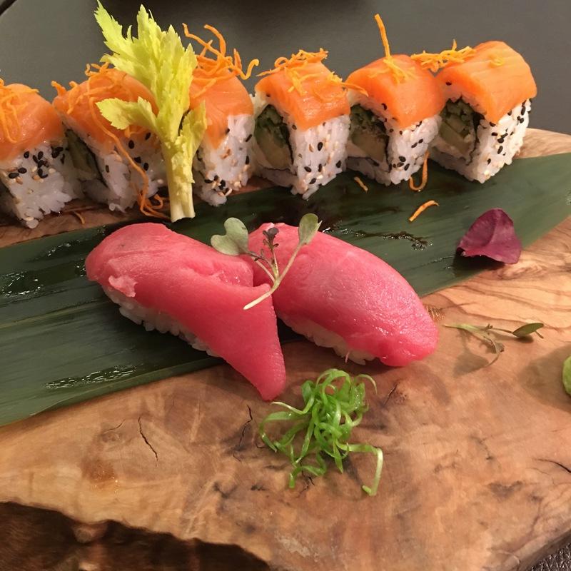 Суши тунец аками 2 шт.